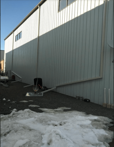 Squares downspouts installation